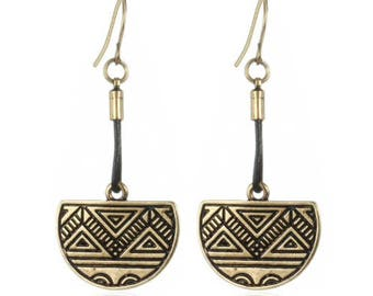 Ethnic Mood earrings / / / gold antique and black leather