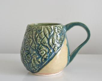 Blue drips mug 12 oz