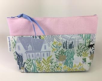 Pink Toiletries Bag (Medium)
