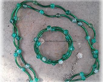 Set: Necklace and bracelet, handmade beadwork, green glass beads.(#368)