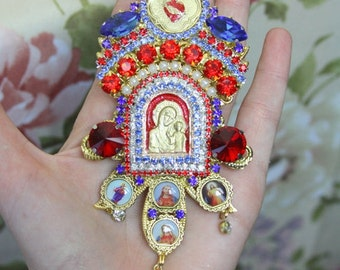 Icon Cathedral Style Madonna Virgin Mary Huge Brooch