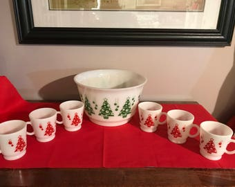 Vintage 7 Piece Hazel Atlas Christmas Punch bowl set red and green