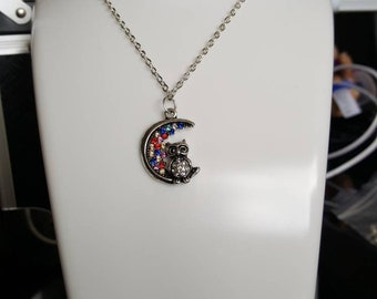 Owl on the moon necklace/keyring