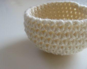 crocheted off-white wool nesting bowl