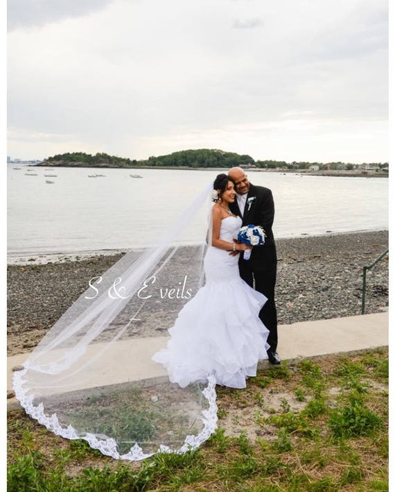 Cathedral Veil with Lace and metal comb | wedding veil