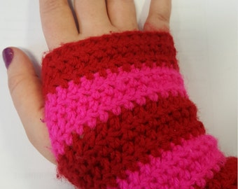 Crochet Wrist Warmers / Fingerless Mittens