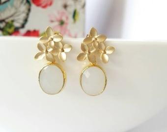 Gold flower earrings, gold stud earrings, white opal earrings, wedding jewelry, bridesmaid gift, gold earrings, gold drop earrings