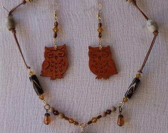 sandalwood owls necklace an earrings