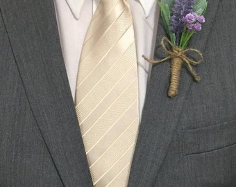 Country Lavender Boutonniere Wrapped in Rustic Twine, Purple Groomsmen Flowers, Grooms Boutonniere, Rustic, Boutineer, Prom Boutonniere