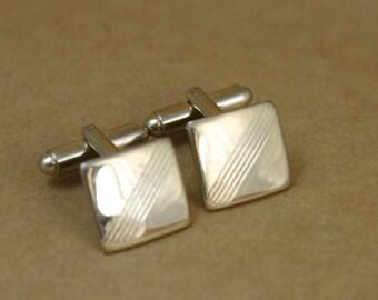 Small Goldtone Vintage Cufflinks