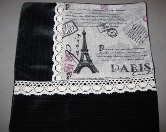 Cushion velvet and lace Vintage Eiffel Tower