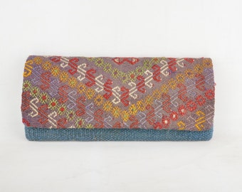 CICIM Kilim handbag 13x6 in / 33x15  cm. Vintage kilim, leather adjustabler