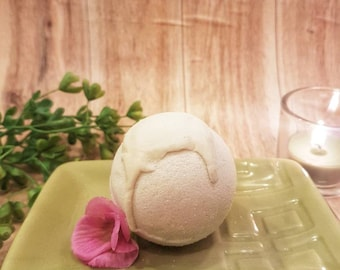 Coconut citrus bath bomb, organic natural aromatherapy, relaxing bath, mothers day gift for her, gift for mom, grapefruit bath soak
