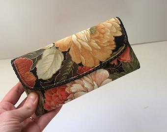 Retro Floral Fabric Ladies Wallet