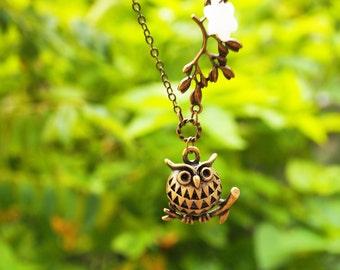 Owl Pendant Necklace, Tree Branch necklace, 3D Owl Necklace, Cute Owl necklace, Owl Charm Necklace, Branch Necklace, Woodland Necklace