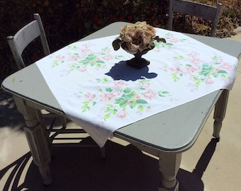 Vintage Wilendur Tablecloth Pink Royal Rose Breakfast Cloth Table Topper Retro Kitchen