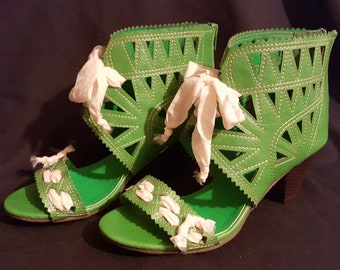 """OOAK green bootie open cutwork sandals embellished handcrafted cream organza ribbon altered ankle boot 2.5"""" stack heel sz. 9M usa"""