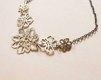 Collier Vintage Bronze Floral