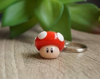Super Mario Mushroom as key fob-red from Fimo-polymer clay-lucky mushroom-fly mushroom, mother's Day