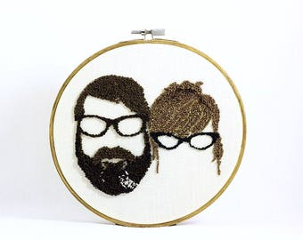 Custom Couple Silhouette Embroidery Hoop Art. Custom Couple Portrait. Cotton Anniversary gift for Him Her. Valentine's Day Gift Father's Day