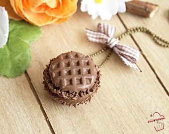 Necklace macaroon chocolate vanilla waffle