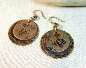 Copper earrings with flower pattern. Free shipping
