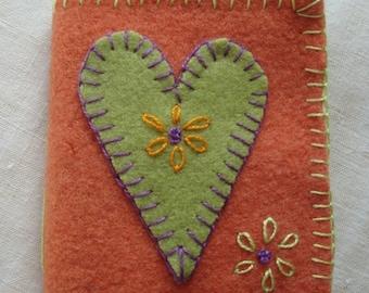 Wool applique Needlekeep Kit