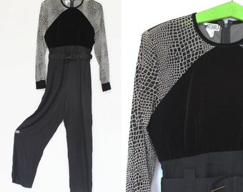 80's / 90's Belted Jumpsuit / Black  / Long Sleeves / Evening Wear / Small to Medium