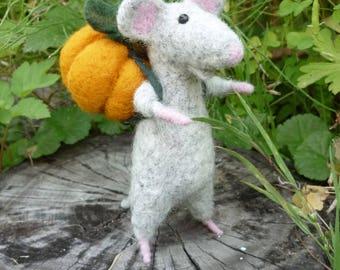 felt mobile Mouse woodland toy Animal felted pet Wool decor animal Toy wool mouse toy mouse Baby animal felt pumpkin  Miniature decor
