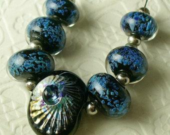 lampwork/sra lampwork/lampwork beads/beads/stardust/Double Helix/silver glass/blue/frit/luminous/