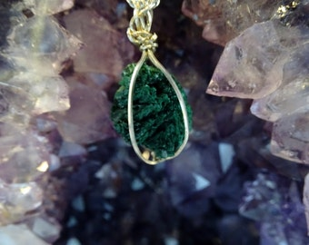 MALACHITE CHRYSTAL ROSETTE Handmade - Rich Green Crystals -  Sterling Silver Wire Wrap and Chain