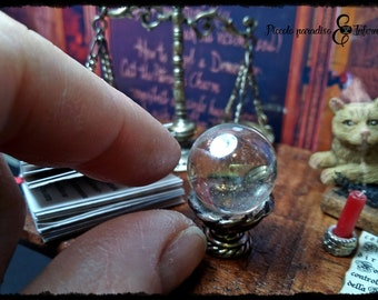 Miniature white crystal ball scale 1:12