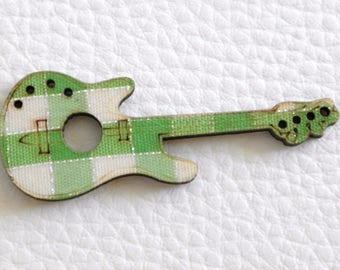 1 pendant embellishment guitar wood and green fabric