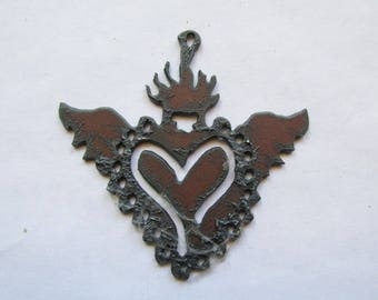 Sacrted Heart withwings rustic rusty recycled metal #RM160