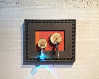 Key Hanger avec les souches de bois tranchés et Textile Orange décor Houswarming cadeau