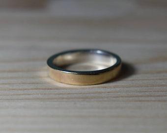 4mm 9k Gold Wedding Ring. Womens 9K Gold Wedding Band. Unisex Yellow Gold Wedding ring. Womens 9k Gold Ring. 4mm Womens Gold Wedding Band