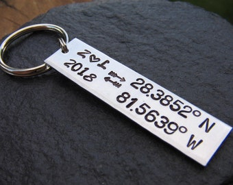 Coordinates Keychain - Couples Keychain - Latitude Longitude Keychain - GPS Keychain - Custom Keychain - Gift for Her - Gift for Him - Arrow