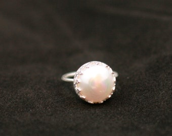 Mabe pearl crown bezel ring in sterling silver