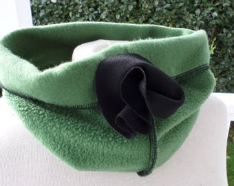 Snood scarf neck scarf fleece woman black and green