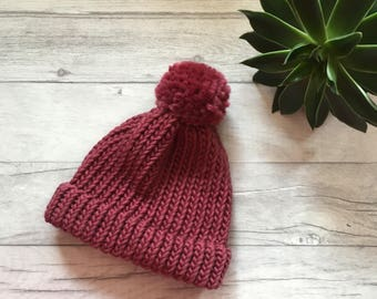 Mulberry chunky knit hat, pink hat, purple hat, knitted hat for women, womens knitwear, knit accessories, autumn knitwear, hand knitted hat