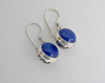 Striking Sterling Silver blue lapis lazuli  dangle earrings / silver 925 / Bali handmade jewelry / 1.25 inch