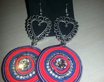 Earrings in three different color variants available