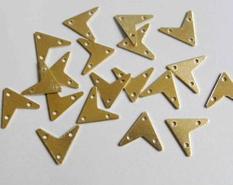 200pcs Raw Brass Triangle Pendant ,Findings 12mm x 12mm- F207