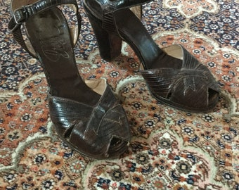 1940s Brown Lizard Heels / Sandals