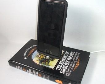 IPhone 5, 6, 7  Charging Dock Sir Arthur Conan Doyle Sherlock Holmes Docking Charger Station