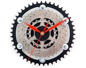 Wall Clock, Bike Clock, Bicycle Gear Clock, Cyclist Gift, Metal Bicycle Art, Bike Gifts, Sprocket Clock, Bike Parts, Cycling Decor Art