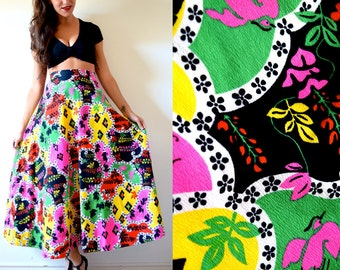 Vintage 70s Psychedelic High Waisted Maxi Skirt (size xs, small)
