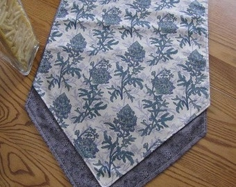 Heather with green print-Reversible table runner