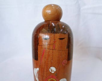 VJ495 : Kokeshi doll, Old Japanese lacquer wood Kokeshi doll,Marked,Handcrafted in Japan