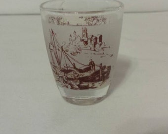 VINTAGE SHOT GLASS 1960s Horse and Carriage Sailboat Verrerie D'Arques France